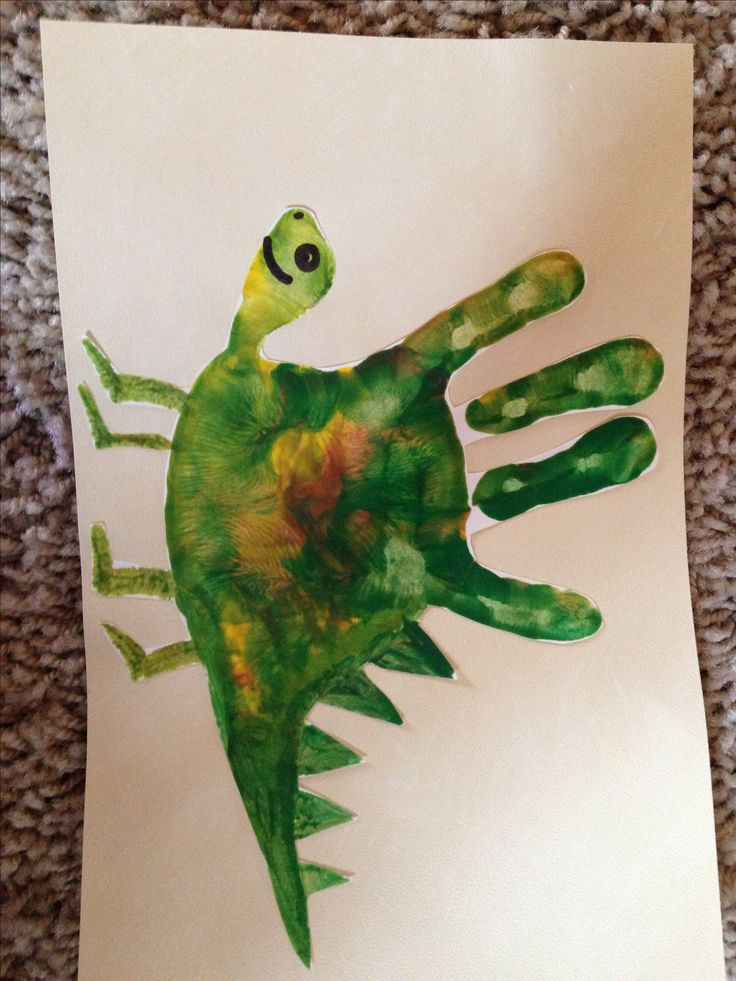 Handprint Dinosaur ~ Love the color mixture!