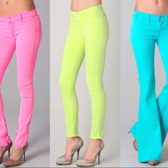 Neon jeans!!! pink, yellow, blue oh my..so many colors <3