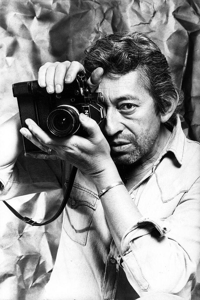 """Serge Gainsbourg: """"Je t'aime... Nikon F2AS'"""