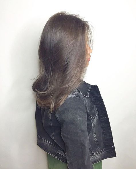 Snow ash with highlights ********** CLEO hair international  call here 63385250…