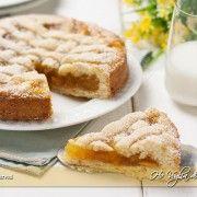 Crostata con pasta frolla allo yogurt e marmellata di arance