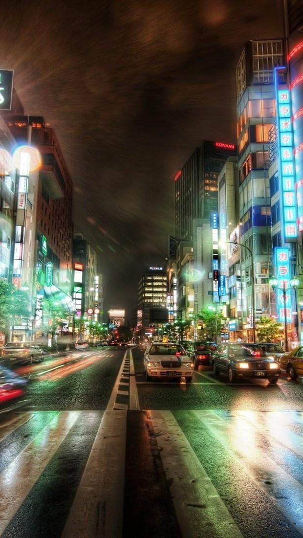 Moon Over Tokyo Japan Wallpaper HD Download