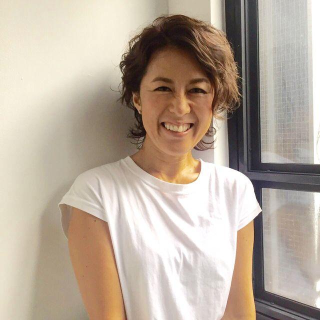 スナップでも、ヘア動画でもご出演頂いている小澤美和さん。キュートな顔立ちと、明るいキャラクターで、モデルだけでなく編集者にも大人気の彼女。はい、いつもファッションもメイクも、わたくしじろじろ観察しています。