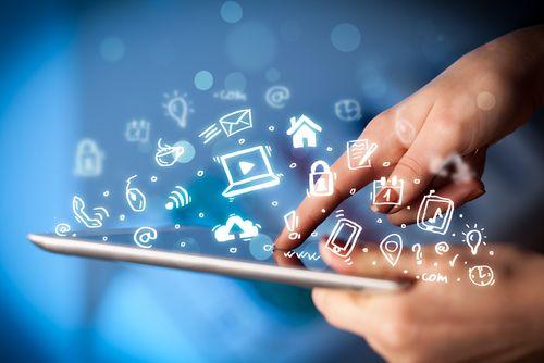 Social Media Berater gibt es inzwischen wie Sand am Meer. Fast könnte der Eindruck entstehen, es gäbe mehr Berater als potenzielle Kunden. Die Auswahl an Anbietern sollte für Unternehmen eigentlich ein Grund zur Freude sein. …