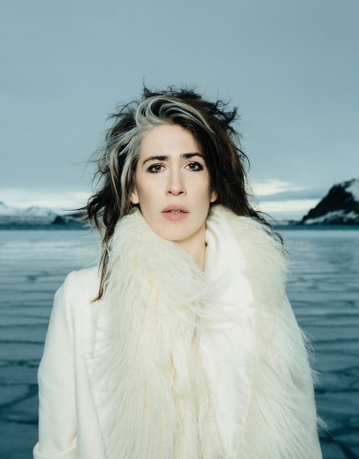 I saw Imogen Heap live the other day and I can't stop thinking about how amazing it was. E