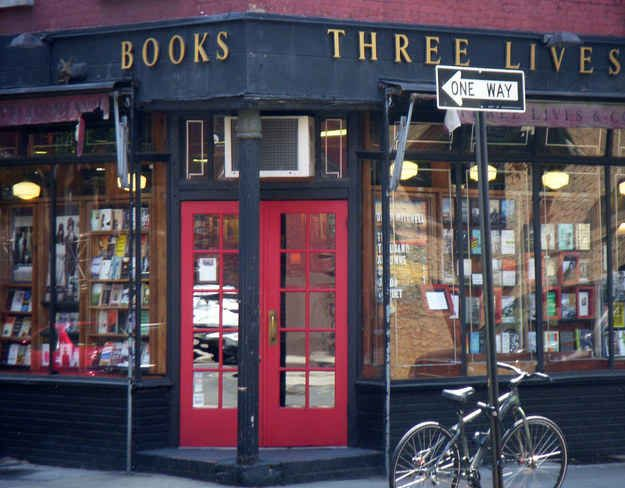 Three Lives & Co., Manhattan - 44 Amazing Bookstores in USA. This would be awesome to cross off a bucket list.