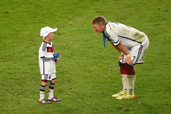 Louis podolski and schweinsteiger so cute..