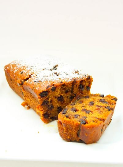 I know all too well that Singapore lacks any form of proper seasonal change whatsoever, but indulge me will you? I, for one, celebrate fall in my own kitchen - pumpkin soup, pumpkin bread, apple an...