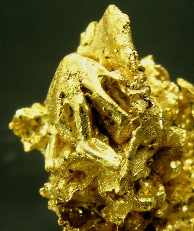 If you have scrap gold, you can sell it, but for how much?  (www.comprooroyplatabarcelona.es)