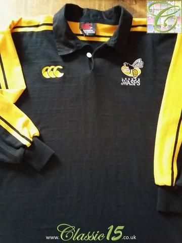 Relive London Wasps' 2001/2002 season with this original Canterbury home long sleeve rugby shirt.