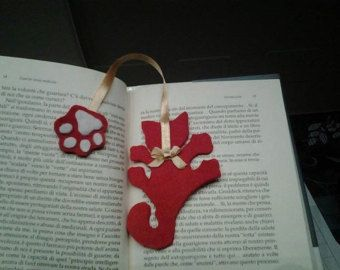 Cat Bookmark in Green Wire FREE SHIPPING by ialuna on Etsy