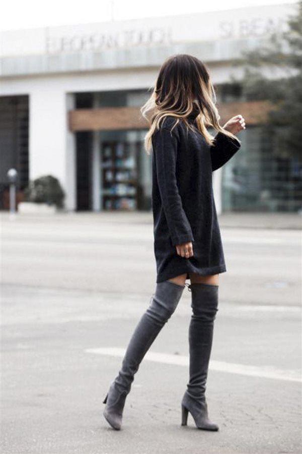 da667ca819c8f Una de las opciones que más nos gustan para llevar con las botas mosqueteras   vestidos o maxi jerséis de punto. Dan un aire sofisticado a estas prendas  más ...