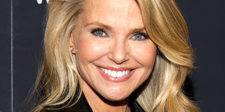 Christie Brinkley: The Internet Can Be An 'Ugly Place'