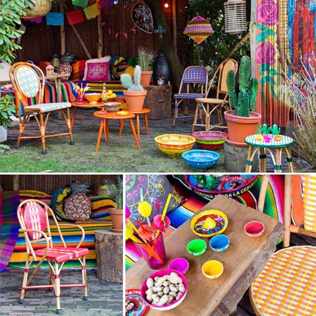 Tuintrend Mexicaanse Fiësta Deze outdoor trend is geïnspireerd op de vrolijke, bonte en folkloristische cultuur uit Mexico. Kenmerken hiervan zien we terug in de hipste trends op het gebied van mode en design maar ook voor buiten op het terras of balkon.   #tuintrends #mexico #garden #gardening #tuinmeubels #terras #balkon #vrolijk #kleuren