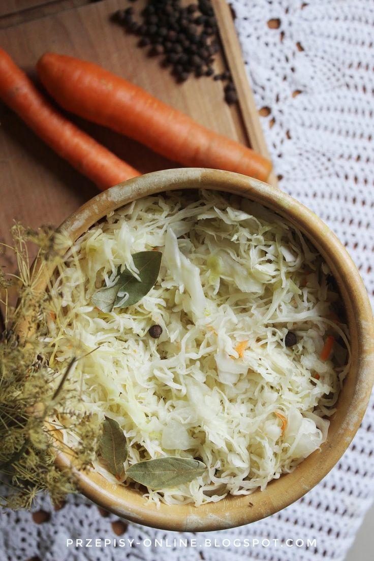 Październik, to najlepszy miesiąc na kieszenie kapusty. Kapusta podczas kiszenia poddawana jest naturalnemu procesowi fermentacji ...