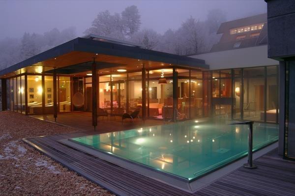Bio Hotel La Clairière 4*  Un hôtel spa cosy et 100% bio au coeur des forêts vosgiennes... Unique.
