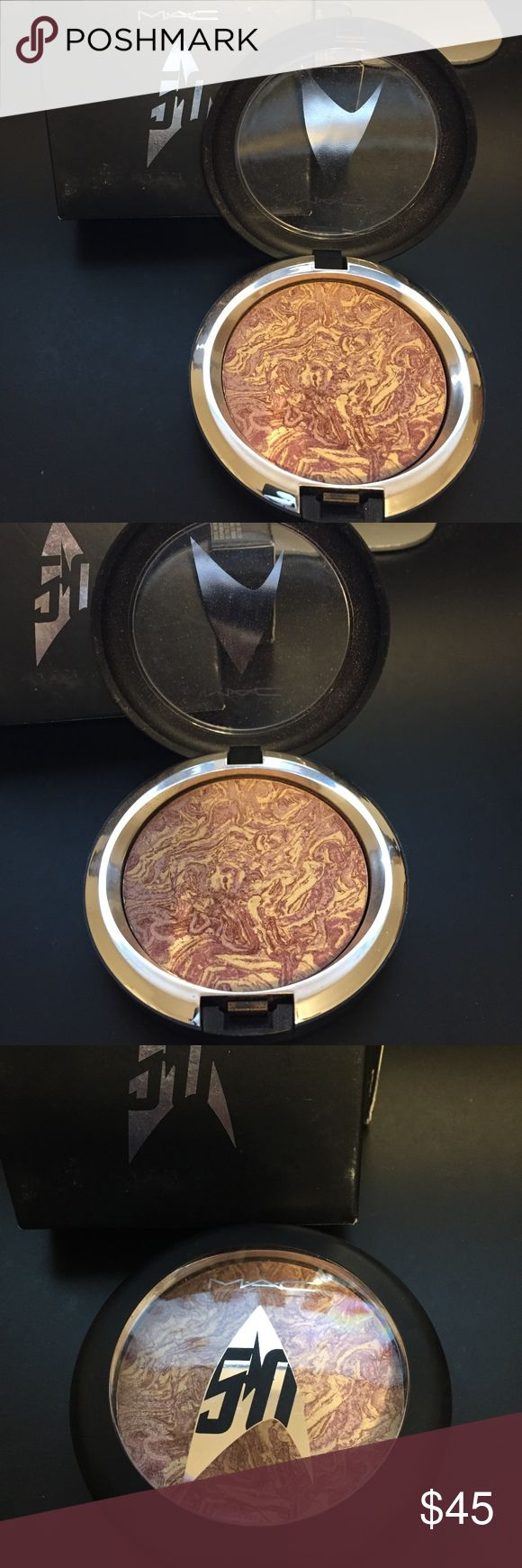 MAC Trip the light Fantastic Powder Limited ED One Authentic Ster trek collection trip the light fantastic Powder. Shade is: Highly Illogical. MAC Cosmetics Makeup