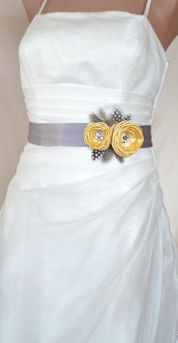 Handcraft Pale Canary Yellow Two Flowers With Feathers Wedding Bridal Sash Belt