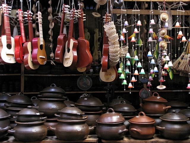 Artesanía en greda by T u l i p a n e s, via Flickr