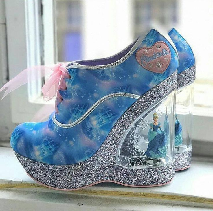 Barbie shoes Follow @artists.paradise for more 📷 unknown  #art #cool #fashion #pictureoftheday #instaart #instagood #instapic #photo #photooftheday #instagram #amazing #trendy #girls #cute #shoes #love #barbie #wow #blue #beautiful #magical #skillful #artistic