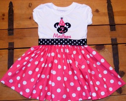 Minnie Mouse bday outfitDots Dresses, Mouse Bday, Birthday Parties, Dresses Ideas, Bday Dresses, Minnie 2Nd Birthday Outfit, Minnie Mouse Parties, Minnie Mouse Birthday Outfit, Birthday Ideas