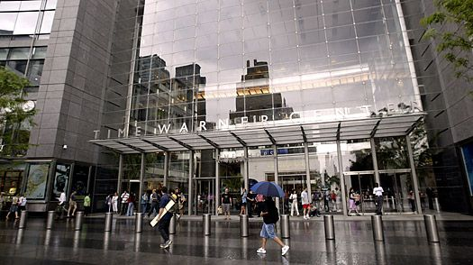 Time Warner Center: Columbus Circle at the southwest corner of Central Park — sip a cocktail while enjoying spectacular views of the park from the bustling Stone Rose Lounge or the more refined Mandarin Hotel bar. Multitaskers can get the view and the drink while listening to first-rate jazz at Dizzy's Club Coca-Cola, one of Jazz at Lincoln Center's trio of venues in the building.