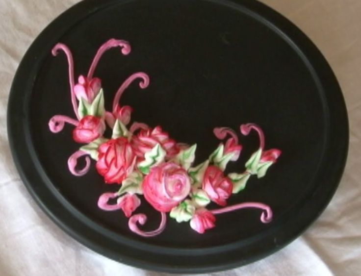Sticking Cake Decorations On Fondant : How to Pipe a Rose with Icing on a stick, via YouTube ...