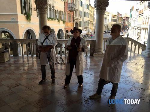 Friuli #Venezia #Giulia: Il #fantasma di Napoleone a Palazzo D'Aronco? Indagano gli 'acchiappafantasmi' (link: http://ift.tt/2dhkNxX )