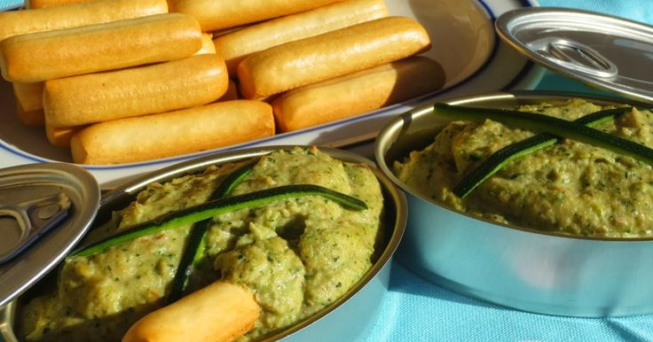 Paté vegetarinano , de calabacín y nueces , muy ligero y realmente sencillo, os sorprenderá su sabor!! Cocina tradicional .