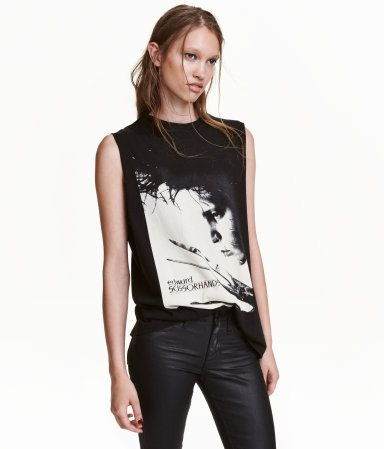 Black/Edward Scissorhands. Tank top in jersey with a printed design at front and raw-edge armholes.