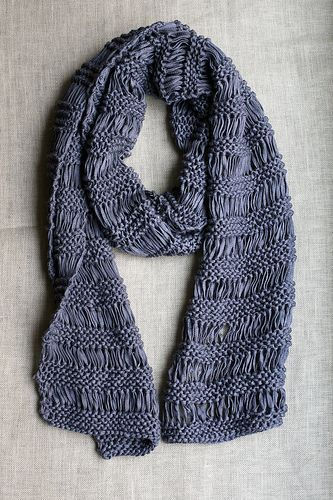 I love scarves. I especially love the easiest of easy scarf – the drop stitch. It's one of those fun scarves you knit and just when you think you're making a mistake you're not…