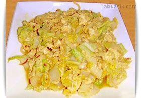 Čínské zelí s vejci recept