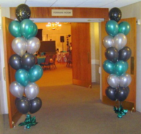 14 best images about balloon centerpieces on pinterest for Balloon column decoration