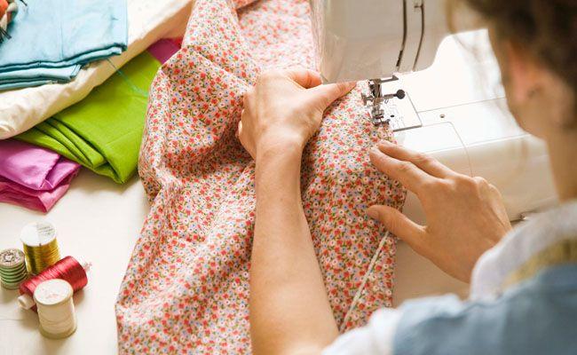 10 maneiras diferentes de reaproveitar roupas velhas e usadas - Dicas de Mulher