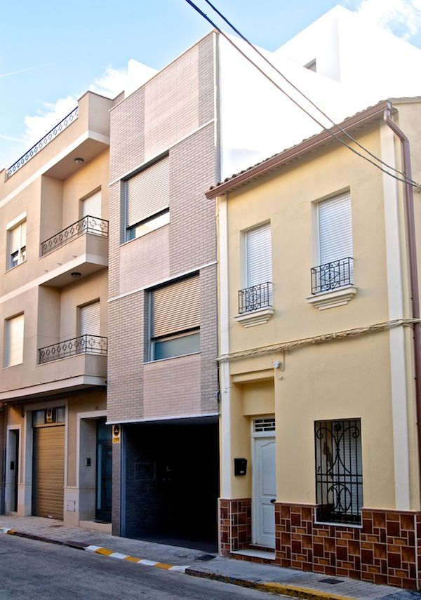 Fachada vivienda 4m our new house pinterest la for Viviendas pequenas