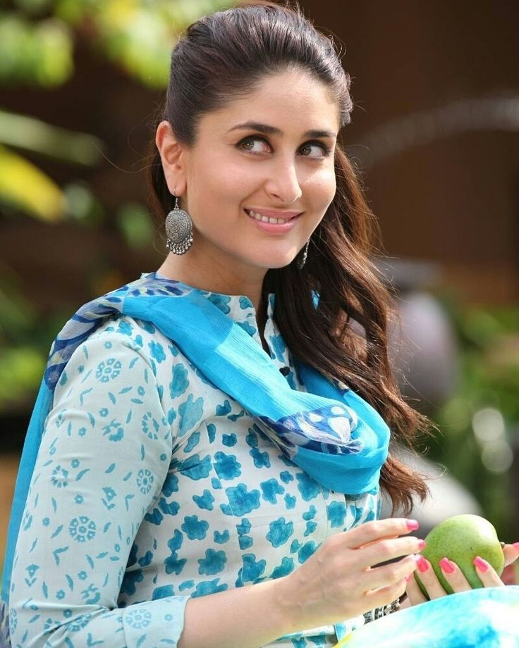 regram @bollywoodsmartpics Kareena Kapoor Khan  #kareenakapoorkhan #KareenaKapoor #saifeena #HrithikRoshan #shahrukhkhan #fawadkhan #SaifAliKhan #taimuralikhan