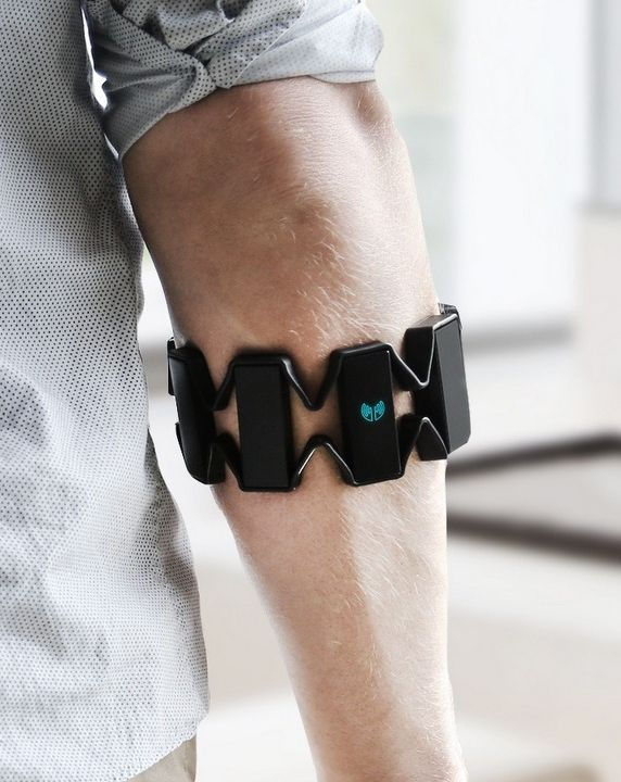 Myo is a gesture control arm band that lets you use gestures to control virtually anything on your desktop, laptop or smartphone.