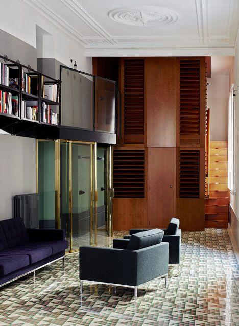 Carrer Avinyo 34 / David Kohn Architects