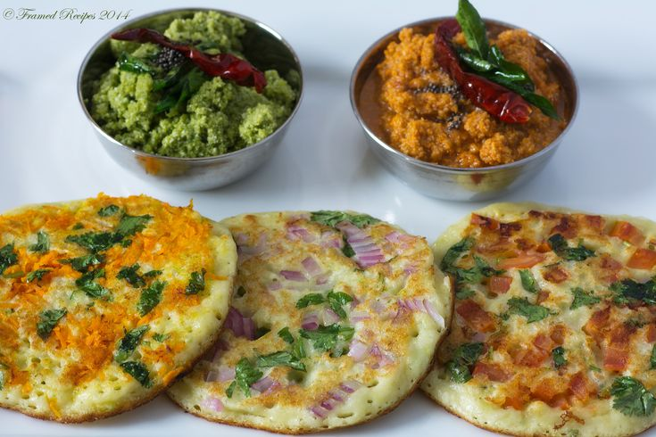 Start your day on a healthy note  with these savory indian pancakes - Uthappams #healthy #vegetarian
