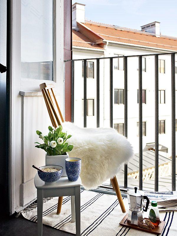 ... over Kleine Balkons op Pinterest - Balkons, Balkon Ontwerp en Patio