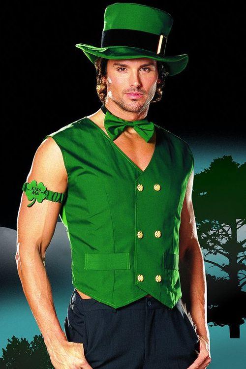 4 clovers and leprechaun costume diy