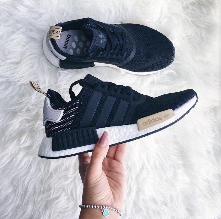 adidas Originals NMD in schwarz-beige-weiß // bla…