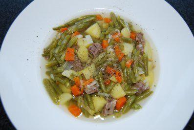 Suppen/Eintöpfe ~ Grüne Bohnensuppe - Rezept