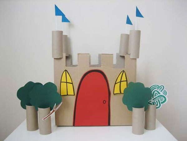 Kiddie castle made completely out of cardboard boxes and for Castle made out of cardboard boxes