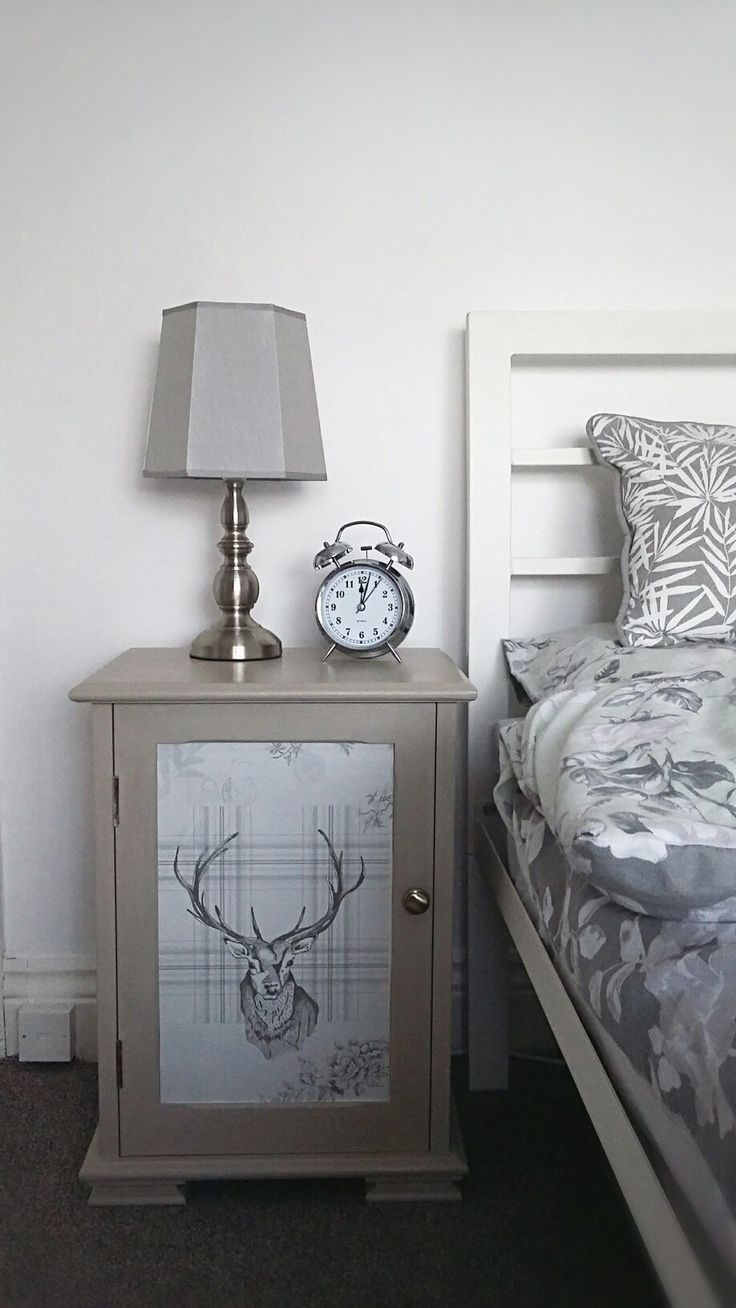 Pine bedside table makeover with Frenchic Furniture Paint and country style wallpaper