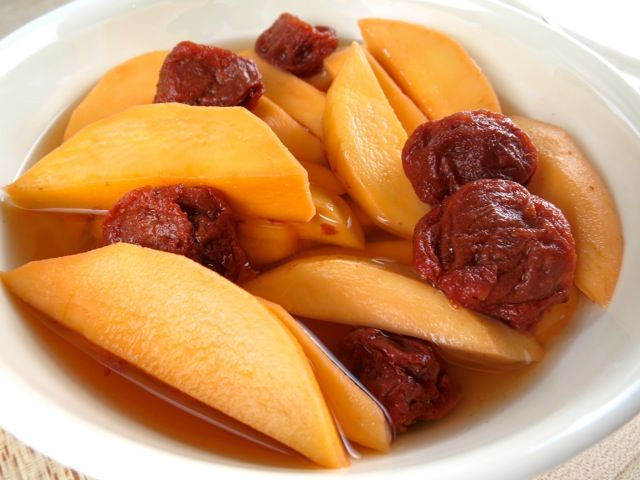 Many of the world's cultures have their own version of pickled mango.  In India they often use chiles, fenugreek and mustard seeds for a spicy pickled mango side dish.  Vietnamese- style pickled ma...
