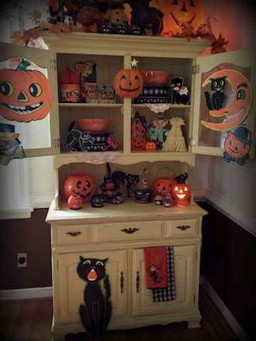 Hutch Display with vintage Pyrex and Halloween