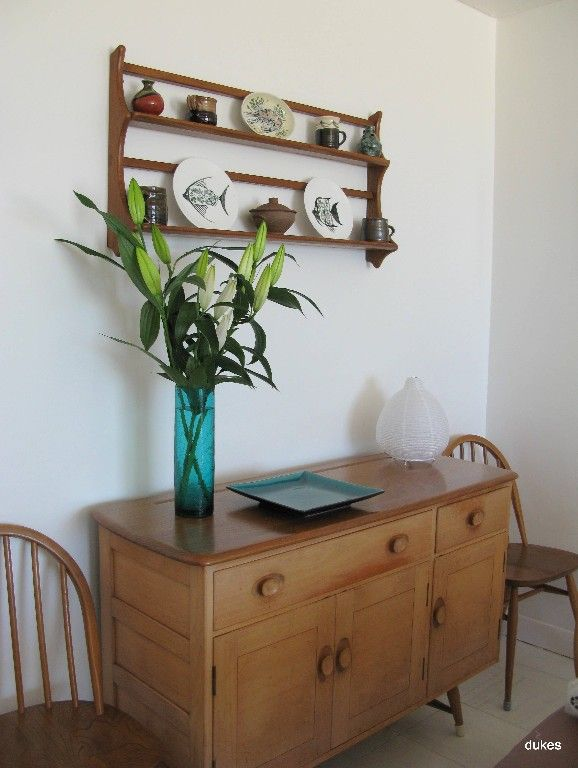St Ives apartment rental - Ercol dining furniture