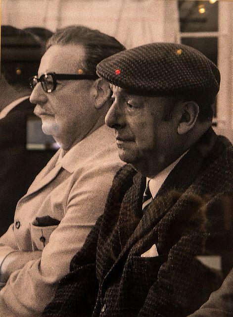Salvador Allende Gossens (1908-1973) con Pablo Neruda (1904-1973), Escritor, Poeta, Pensador, Politico y Diplomatico, premio Nobel 1971