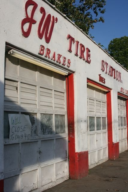 118 Best Images About Garage On Pinterest Shops Cars